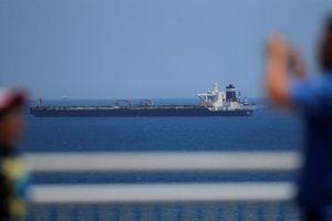 Iran tiếp tục gây sức ép với Anh sau vụ tàu chở dầu bị bắt giữ