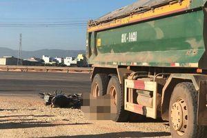 Xe tải cán chết 2 người tại Bình Định: Tài xế bỏ trốn khỏi hiện trường