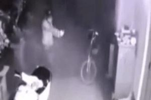 Nhóm trộm cầm súng tấn công chủ nhà ở Sài Gòn