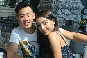Nhìn Đông Nhi - Ông Cao Thắng đính hôn, fan hỏi bao giờ đến 3 đôi này
