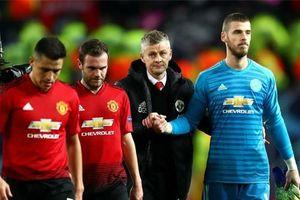 Man United tụt lại thế nào so với những đối thủ cạnh tranh?