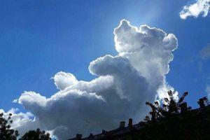 Khi 'thiên thần' trêu ghẹo con người bằng những đám mây ma thuật