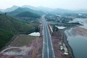 Quảng Ninh: Nâng tốc độ tối đa cho phép trên cao tốc Hạ Long - Vân Đồn lên 100 km/h