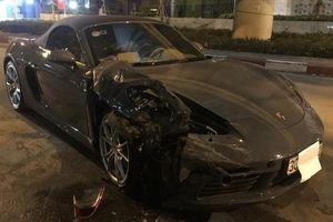 Hiện trường vụ va chạm giao thông khiến xế sang Porsche nát đầu