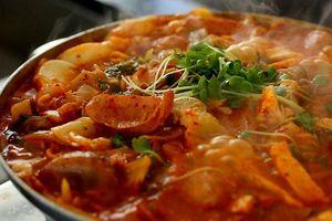 Ăn thử súp... 'xác thối' nghe rợn người nhưng hương vị khó quên