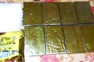 Dùng xe 2 biển số vận chuyển ma túy, thuốc nổ từ Nghệ An ra Thanh Hóa tiêu thụ