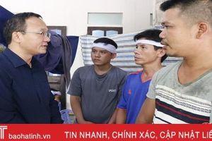 Phó Trưởng ban ATGT quốc gia thăm hỏi gia đình 3 em nhỏ tử vong do TNGT ở Hà Tĩnh