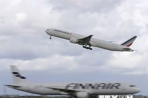 Tất cả các chuyến bay cất cánh từ Pháp sẽ phải nộp thuế môi trường