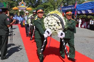 Đưa hài cốt liệt sỹ quân tình nguyện hy sinh tại Campuchia về nước