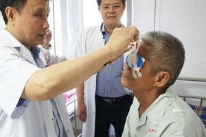 Người Quảng Nam đầu tiên hiến tặng ánh sáng cho 2 người mù xa lạ