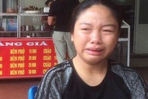 Vụ đốt nhà tình cũ ở Sơn La: Người nhà phải nói dối mẹ vẫn còn sống để con yên tâm điều trị