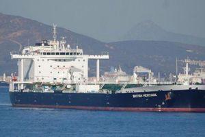Iran tìm cách bắt giữ bất thành tàu chở dầu của Anh ở vịnh Ba Tư