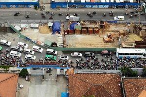 Bí thư Nhân: 'Hạ tầng giao thông là điểm nghẽn lớn nhất của TP.HCM'
