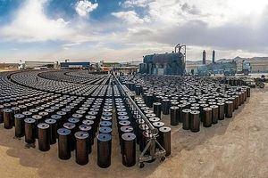 Giá dầu thô đồng loạt tăng, chạm đỉnh trong 2 tháng