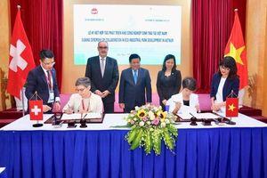 Thụy Sỹ tài trợ 1,7 triệu USD phát triển khu công nghiệp sinh thái tại Việt Nam