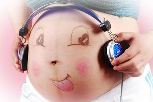 Mẹ bầu nên cho bé yêu nghe nhạc trong bao lâu?