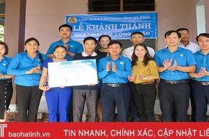 LĐLĐ Hà Tĩnh trao gần 290 triệu đồng hỗ trợ cán bộ công đoàn khó khăn