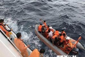 9 ngư dân tàu NA 95899 TS mất tích: Khẩn trương gỡ lưới tiếp cận tàu