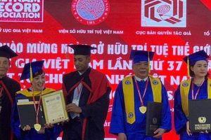 Chưa học hết cấp 3, 'đại gia điếu cày' Lê Thanh Thản từng nhận hai bằng khen 'danh giá'