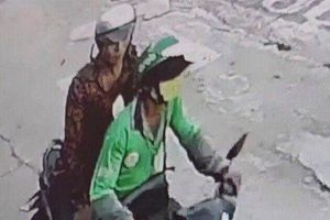 Diễn biến mới vụ bắt khách dọc đường, tài xế GrabBike bị kẻ cướp cứa cổ