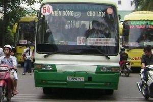 TP.HCM thưởng tài xế xe buýt dũng cảm ép kẻ cướp xe máy