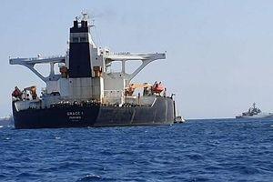 Gibraltar bắt giữ thuyền trưởng và sĩ quan trên tàu chở dầu Iran