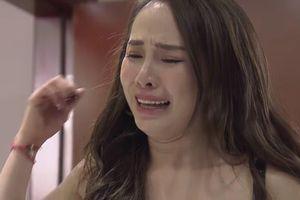 'Về nhà đi con' tập 64: Nhã đau khổ gào khóc trước mặt Vũ