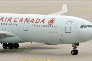 Máy bay Canada hạ cánh khẩn cấp vì nhiễu động, 35 khách bị thương