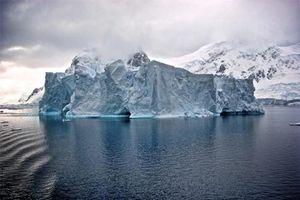 Sửng sốt kế hoạch kéo băng khổng lồ từ Nam cực đến Ả rập