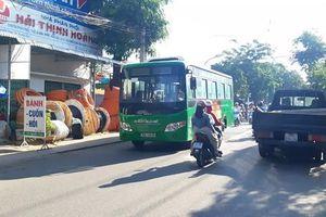 Xe buýt Hà Nội ngày càng kém hấp dẫn