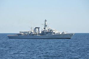 Tránh căng thẳng với Iran, hải quân Anh không hộ tống mọi tàu qua eo biển Hormuz