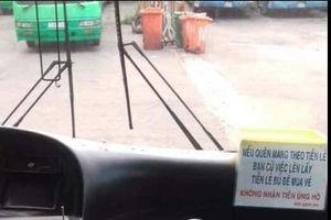 Cư dân mạng quan tâm: Bác tài xe buýt tốt bụng tặng áo mưa miễn phí