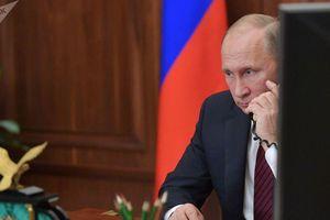 Tổng thống Nga Putin và Tổng thống Ukraine bất ngờ có cuộc điện đàm