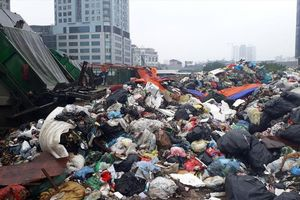 Quá tải chôn lấp, năm 2020 phải đóng bãi rác tại Sóc Sơn