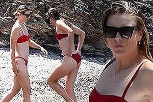 'Búp bê Nga' Maria Sharapova diện bikini thả dáng ở Ý