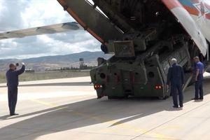 NÓNG: Nga công bố video đưa 'rồng lửa' S-400 đến Thổ Nhĩ Kỳ