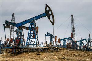 Giá dầu thế giới giảm do triển vọng nhu cầu yếu đi