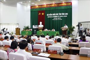 Kỳ họp thứ 12 HĐND tỉnh Vĩnh Long: Nóng vấn đề khai thác cát sông trái phép