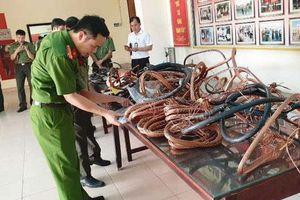 Nam Định: Bắt thợ cơ khí cắt trộm dây điện tại 13 trạm biến áp để bán đồng nát