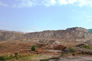 Đất bỏ hoang, dân thiếu đất canh tác