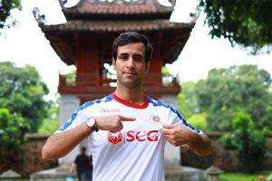 CHÍNH THỨC: Hà Nội FC chiêu mộ trung vệ đắt giá người Iran