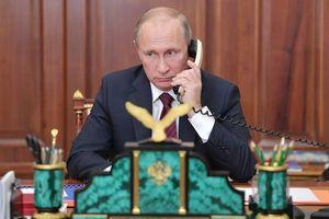 Tổng thống Nga và Ukraine lần đầu điện đàm tìm giải pháp cho xung đột
