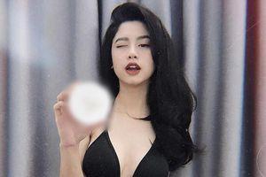Loạt hot girl bị tố bán hàng, quảng cáo 'không có tâm'