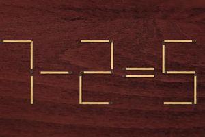Di chuyển 2 que diêm tạo phép tính đúng từ 7 - 2 = 5