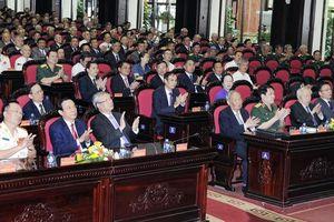 Trao Huân chương Sao Vàng tặng Lực lượng chuyên gia Việt Nam giúp cách mạng Cam-pu-chia