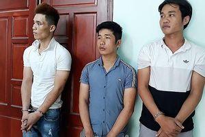 Bắt 4 đối tượng cuỗm 9 xe máy ở Sài Gòn