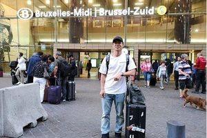 Công Phượng đã có mặt tại Bỉ và được đội bóng mới chào đón