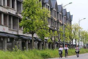 Những ngôi làng biệt thự hoang vắng tại Hà Nội