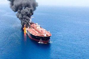 Vì sao mức bảo hiểm cho tàu chở dầu qua Eo biển Hormuz tăng gấp 10 lần?