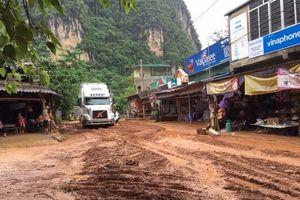 Miền Trung tiếp tục nắng nóng, mưa lớn gây sạt lở, ngập lụt tại Cao Bằng